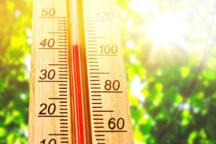Thermometer over 100 degree Fahrenheit